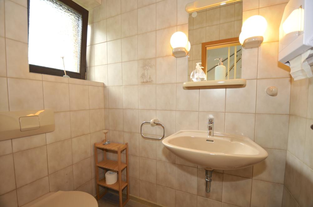2. Gäste-WC im Erdgeschoss